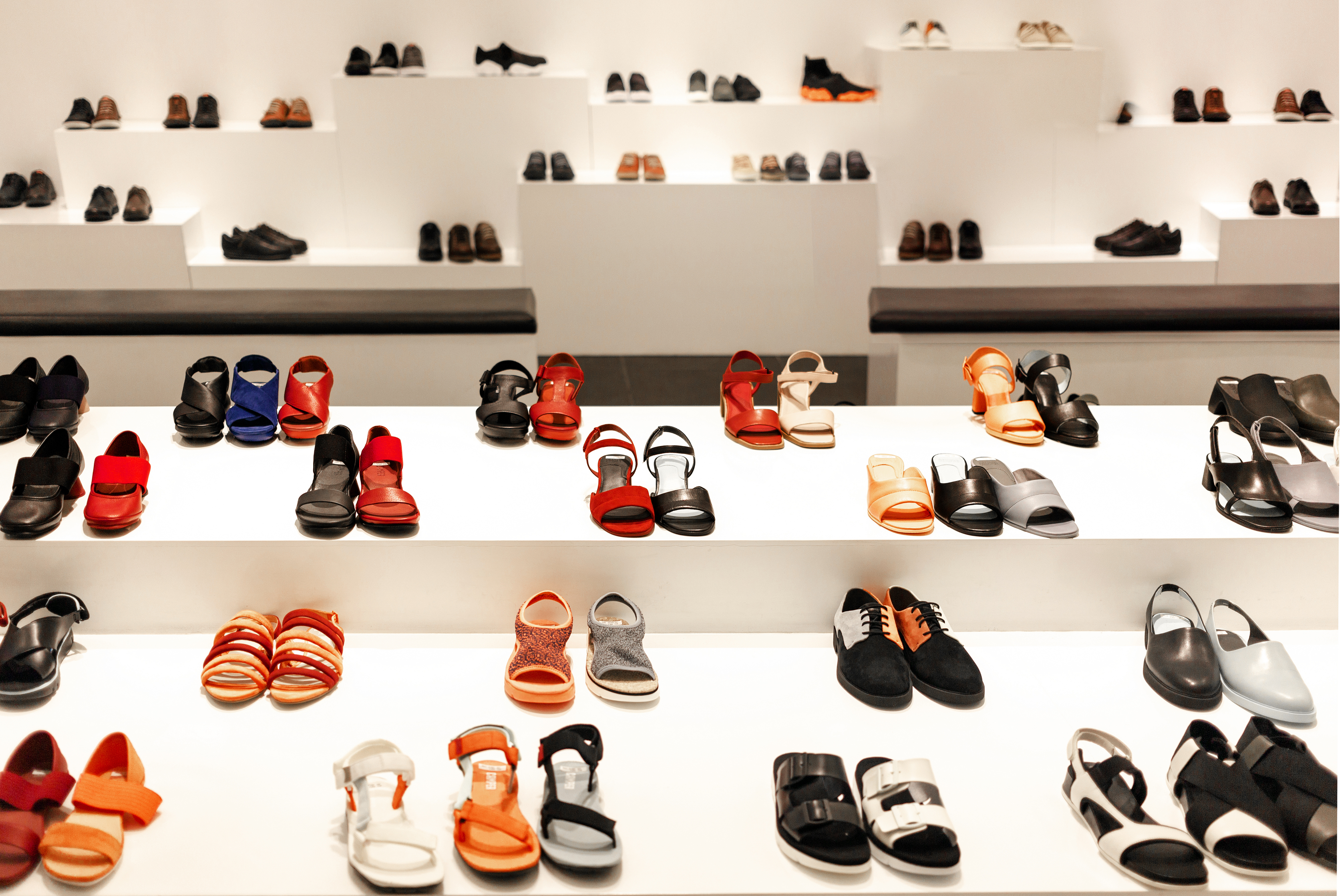 Four Things You Need to Know About Shoe Displays